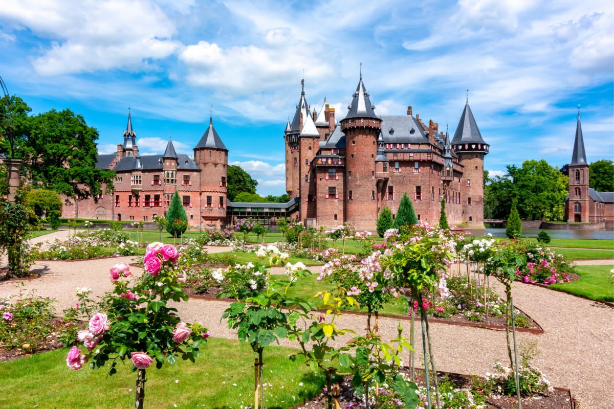 View of De Haar castle in Utrecht